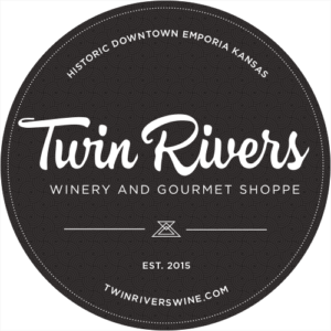 Twin-Rivers-Winery-badge-500px-500x500